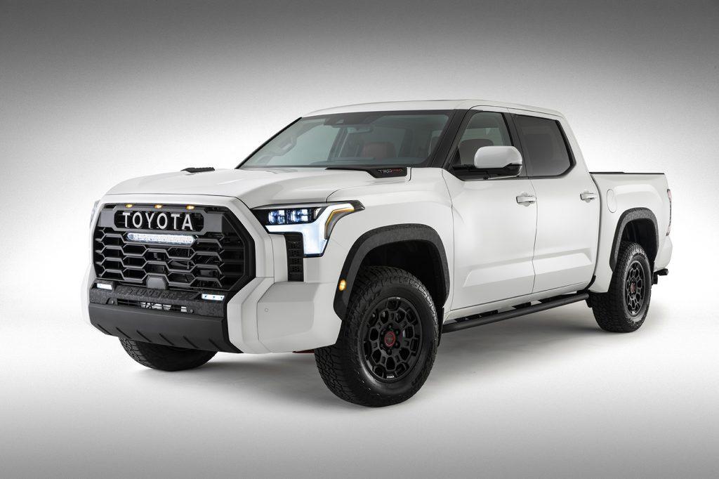 Toyota Tundra 2022 color blanco exterior