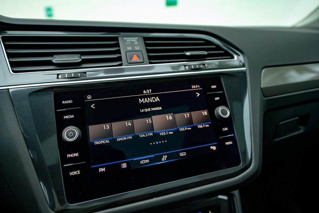 Volkswagen Tiguan 2022 en México - interior pantalla touch