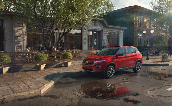 Chevrolet Groove 2022 en México color rojo estacionada
