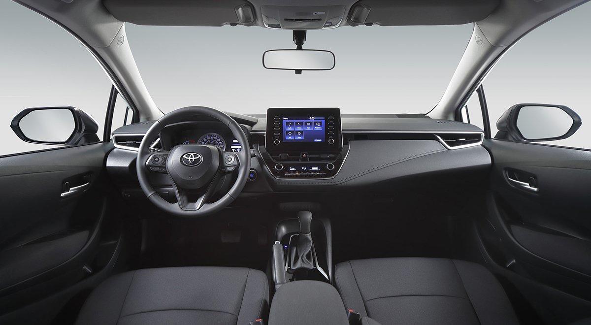 Toyota Corolla 2022 en México interior - pantalla, volante y asientos