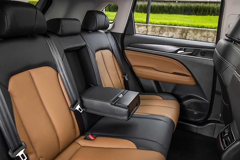Dodge Journey 2022 en México interiores asientos