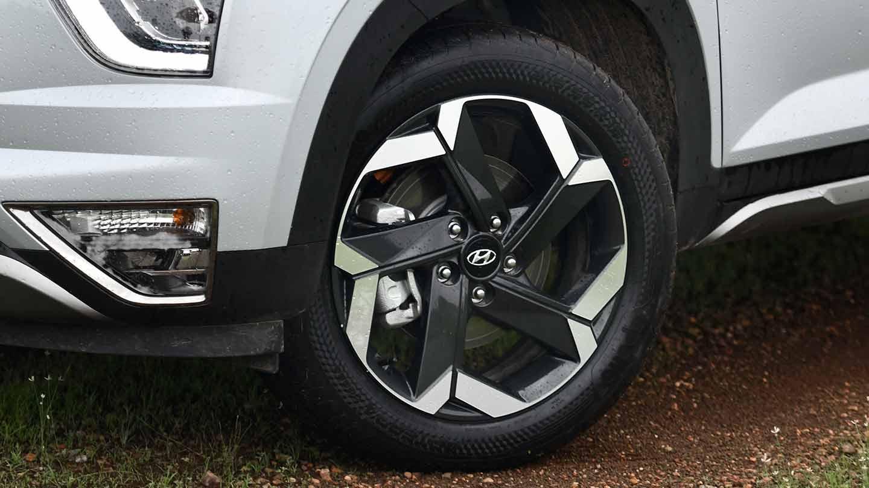 """Hyundai Creta Grand 2022 en México rines de aluminio bitono de 18"""""""