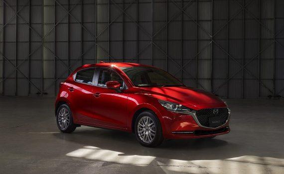 Mazda 2 2022 Mild Hybrid en México color rojo